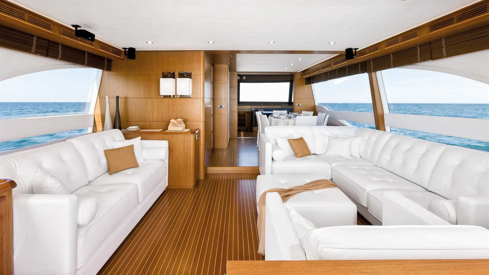 Mochi Craft Dolphin 74' Cruiser Interior (img-0)