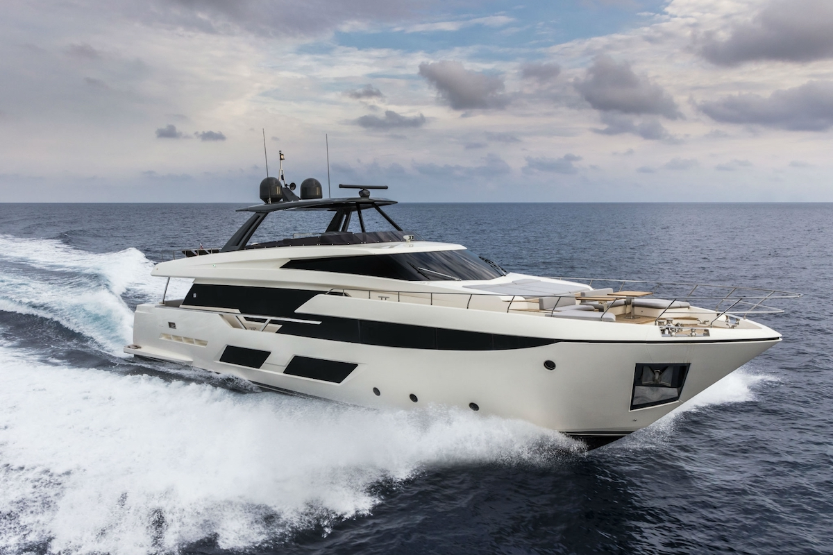 Ferretti 920 New Virtual Tour