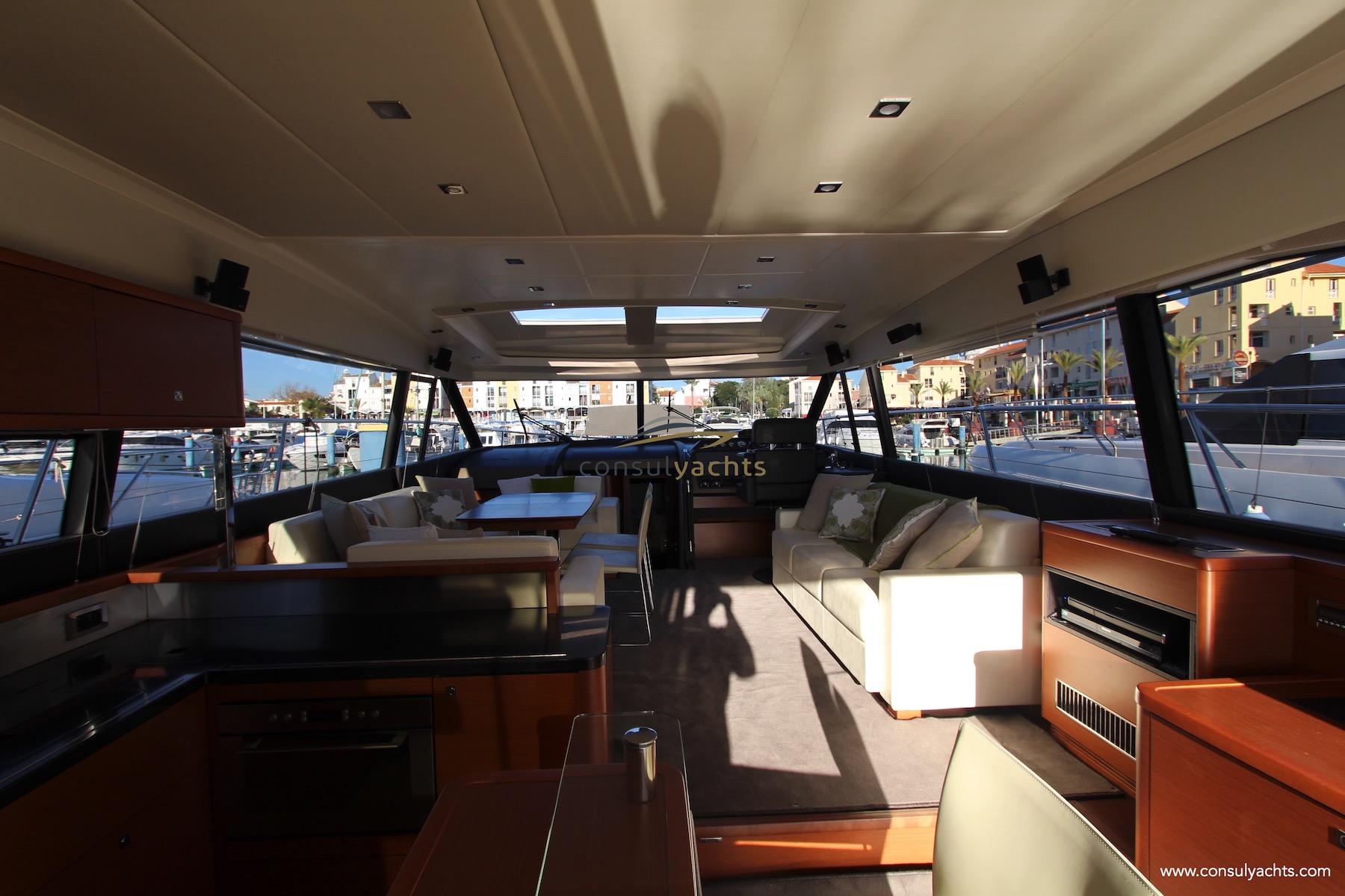 Prestige 620 S undefined Interior (img-0)