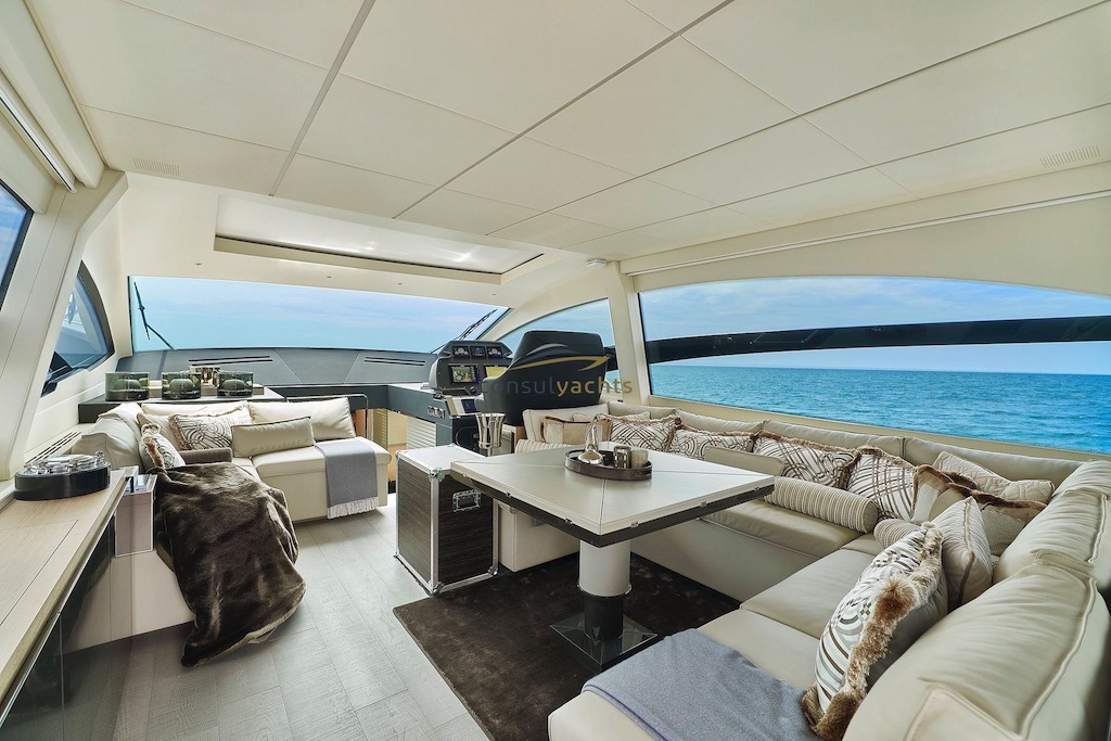 Pershing 70 undefined Interior (img-0)