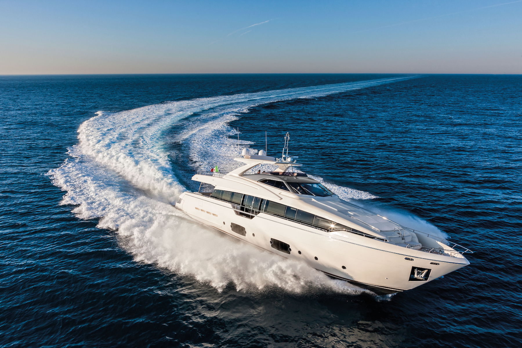 Ferretti 960 Virtual Tour