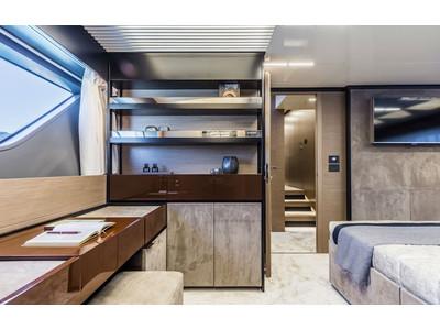 Ferretti 780 New Interior (img-10)