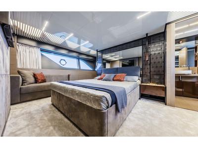 Ferretti 780 New Interior (img-11)