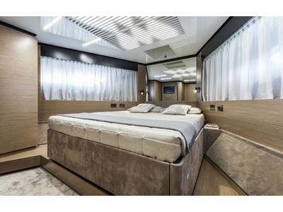 Ferretti 780 New Interior (img-14)