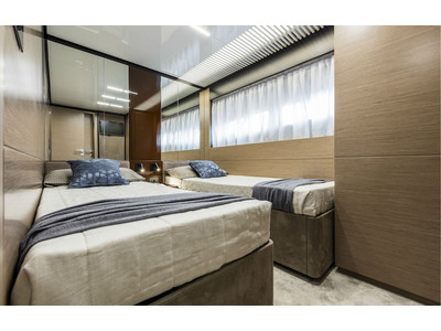 Ferretti 780 New Interior (img-18)