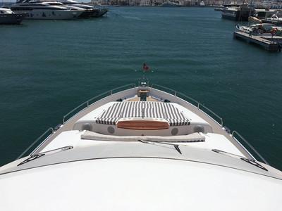 Sunseeker Yacht 88 Exterior (img-1)