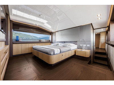 Ferretti 960 Interior (img-6)