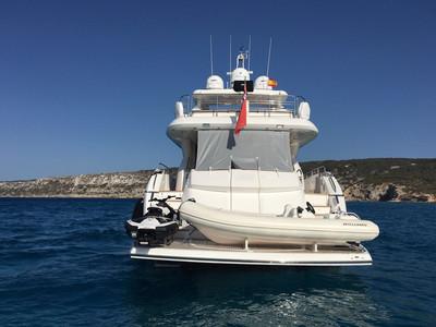 Sunseeker Yacht 88 Exterior (img-4)