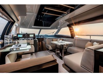 Ferretti 550 Interior (img-3)