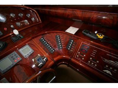Astondoa 72 Interior (img-11)