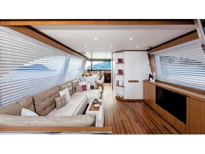 Mochi Craft Dolphin 64' Cruiser Interior (img-1)