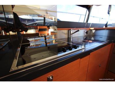 Prestige 620 S Interior (img-6)