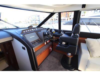Prestige 620 S Interior (img-9)