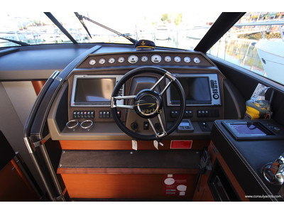 Prestige 620 S Interior (img-8)