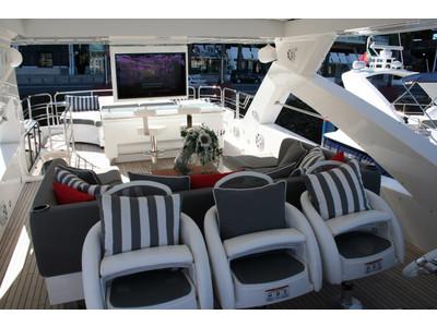 Sunseeker Yacht 88 Exterior (img-19)