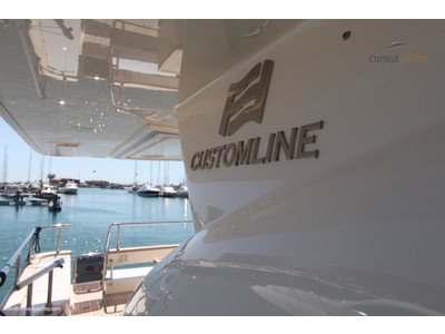 Custom Line 97' Exterior (img-16)