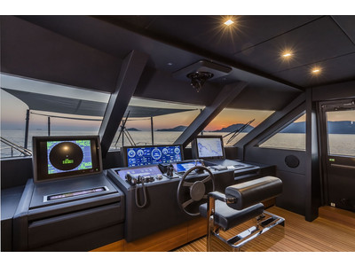 Custom Line New Navetta 33 Interior (img-23)