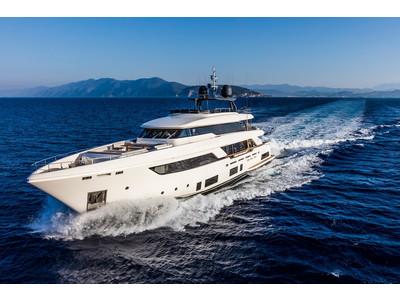 Custom Line Navetta 37 New Exterior (img-17)