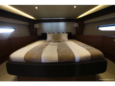 Prestige 620 S Interior (img-11)