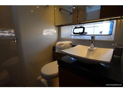 Prestige 620 S Interior (img-14)