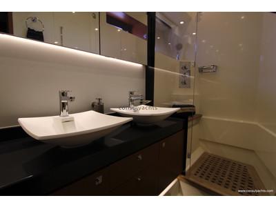 Prestige 620 S Interior (img-17)