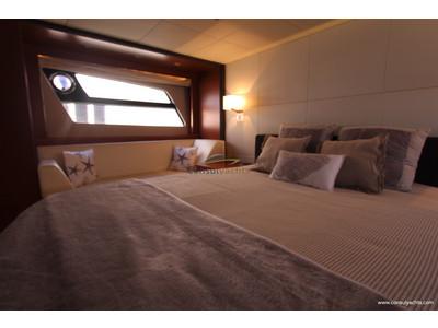 Prestige 620 S Interior (img-20)