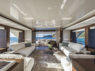 Custom Line Navetta 37 New Interior (img-3)