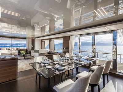 Custom Line Navetta 37 New Interior (img-1)