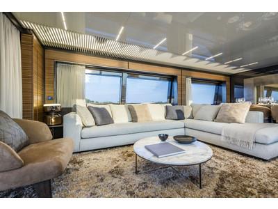 Ferretti 920 New Interior (img-2)