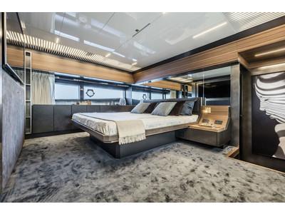 Ferretti 920 New Interior (img-8)