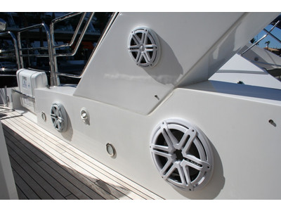 Sunseeker Yacht 88 Exterior (img-5)