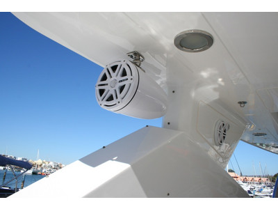Sunseeker Yacht 88 Exterior (img-7)