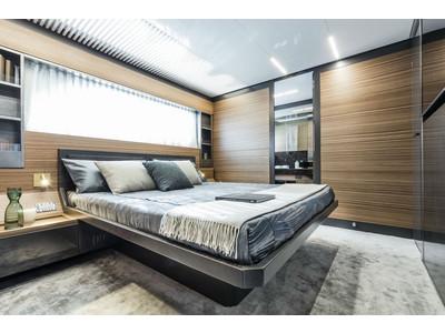 Ferretti 920 New Interior (img-17)