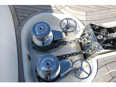 Sunseeker Yacht 88 Exterior (img-10)