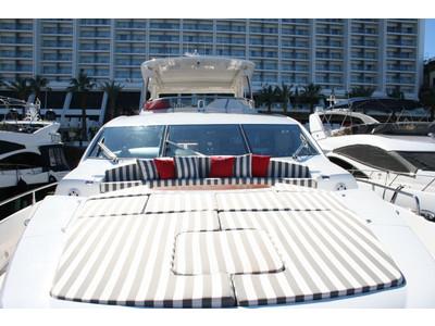 Sunseeker Yacht 88 Exterior (img-11)