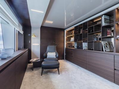 Custom Line Navetta 37 New Interior (img-11)