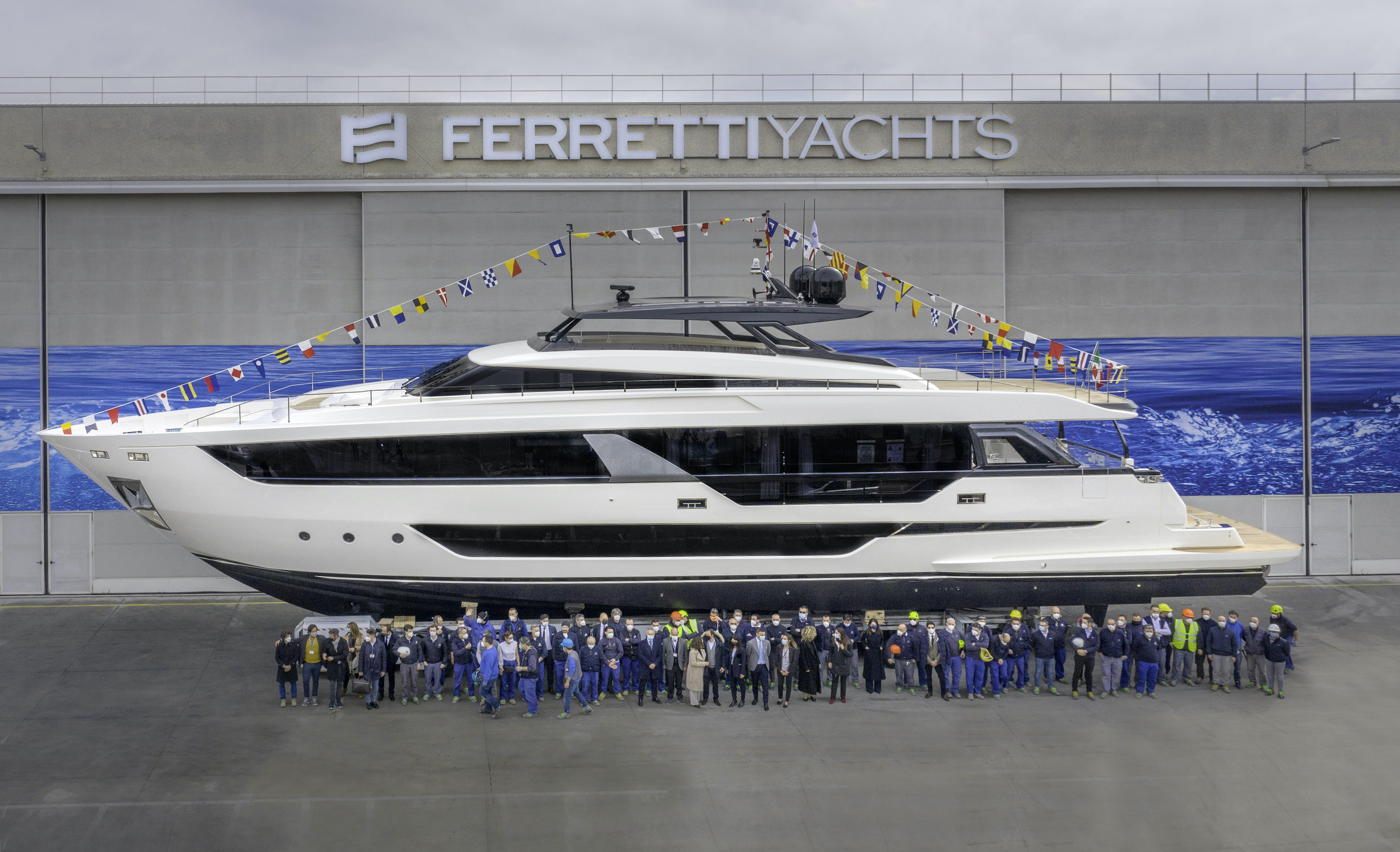 FERRETTI YACHTS 1000 LAUNCHED: THE LARGEST  EVER BUILT BY THE SHIPYARD. image
