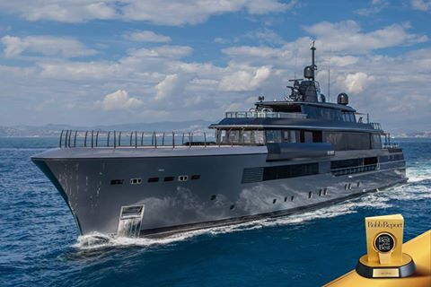 """CRN wins Robb Report's """"Best of the Best 2016"""" award with mega yacht M/Y Atlante image"""